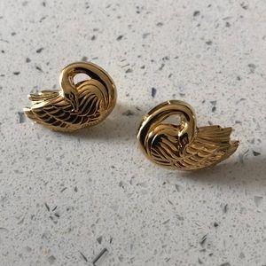 Jewelry - Vintage swan earrings
